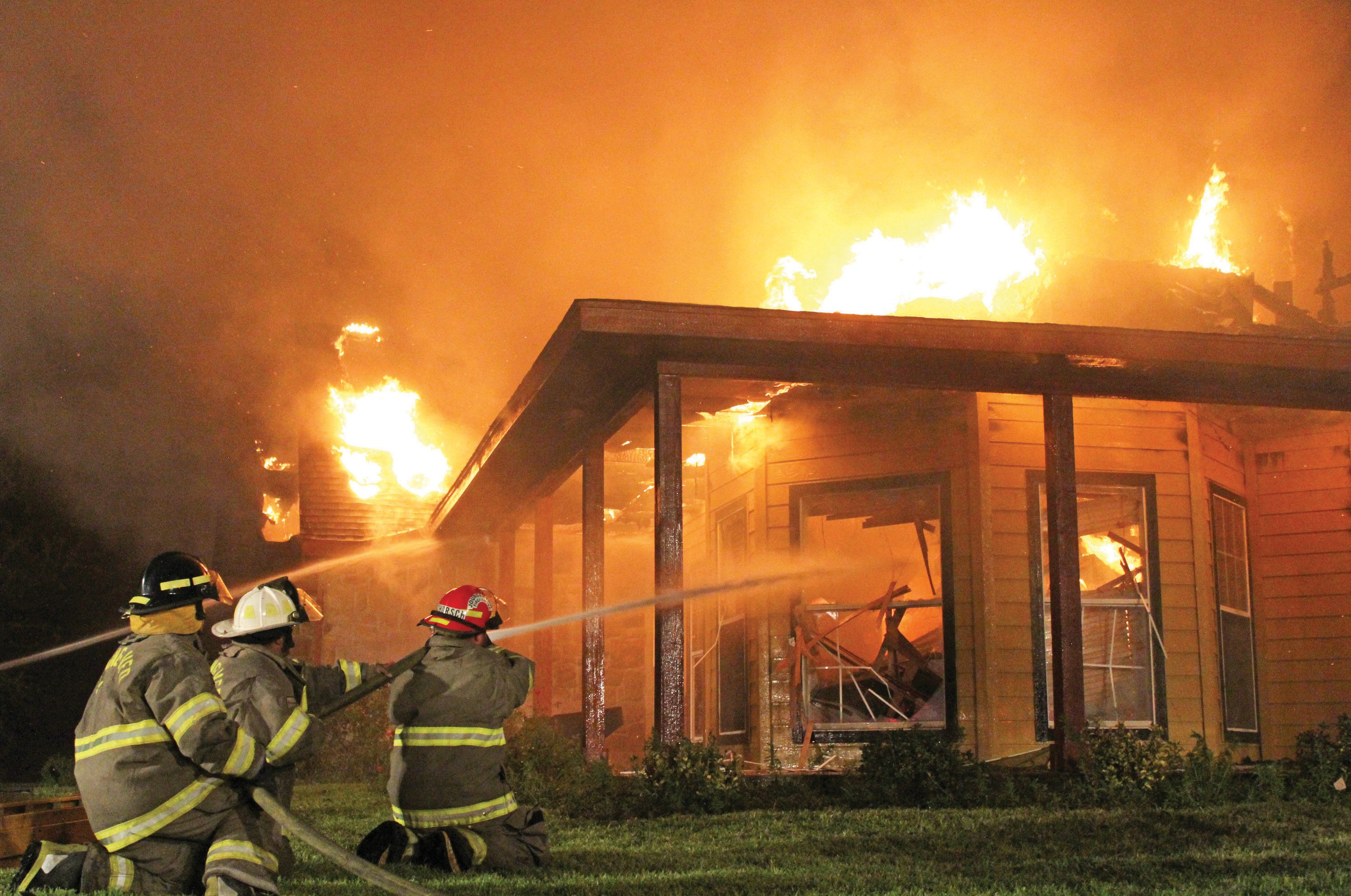 A home on 4775 State Highway 97 was destroyed by fire on Tuesday. The fire started around 7:00pm. Leming VFD, Pleasanton VFD, and Jourdanton VFD responded to the call. No one was hurt.