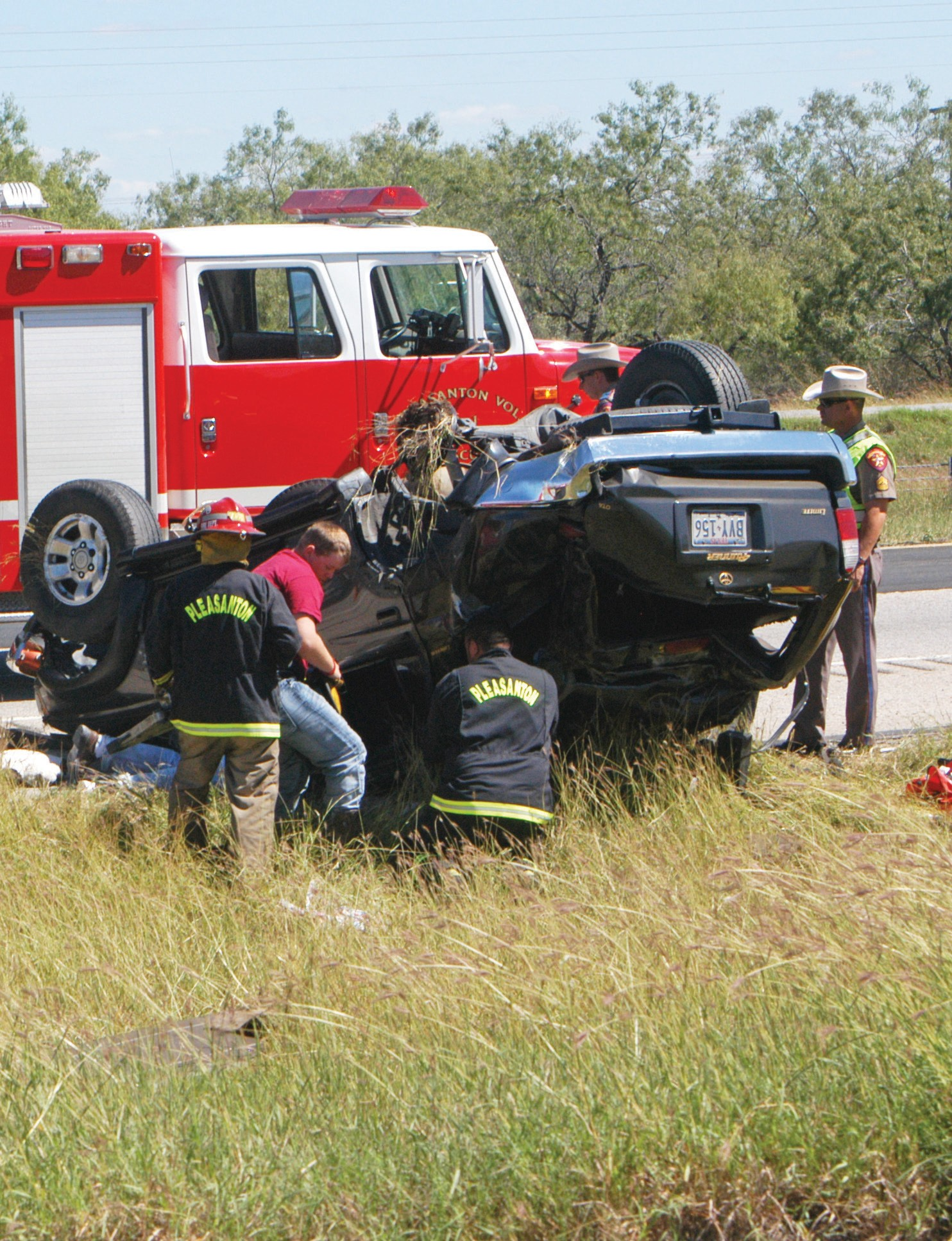 Airlife transported an injured woman after she rolled her Toyota Forerunner on the southbound lane of Interstate 37 around noon on Wednesday. DPS and Pleasanton VFD responded. Responders extracted the female passenger with the Jaws of Life.