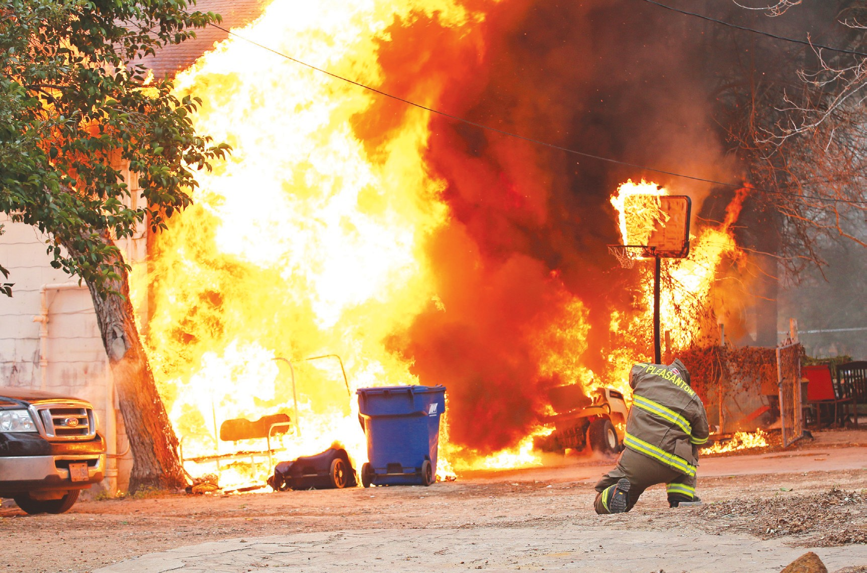 A building burned on the 800 block of North Main Street in Pleasanton on Tuesday morning.