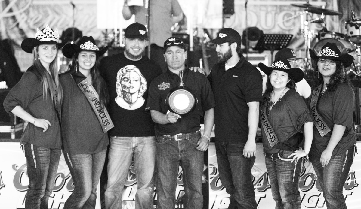 3RD PLACE CHICKEN Coming in at 3rd Place at Turn-n-Burn Chicken division was Scott Duffek - The Other White Meat. Assisting in the presentation are Cowboy Homecoming Queen Jordyn Olle and Princesses Taylor Maddox, Julie Lopez and Ynez Vera and Chamber Director George Quiroga.