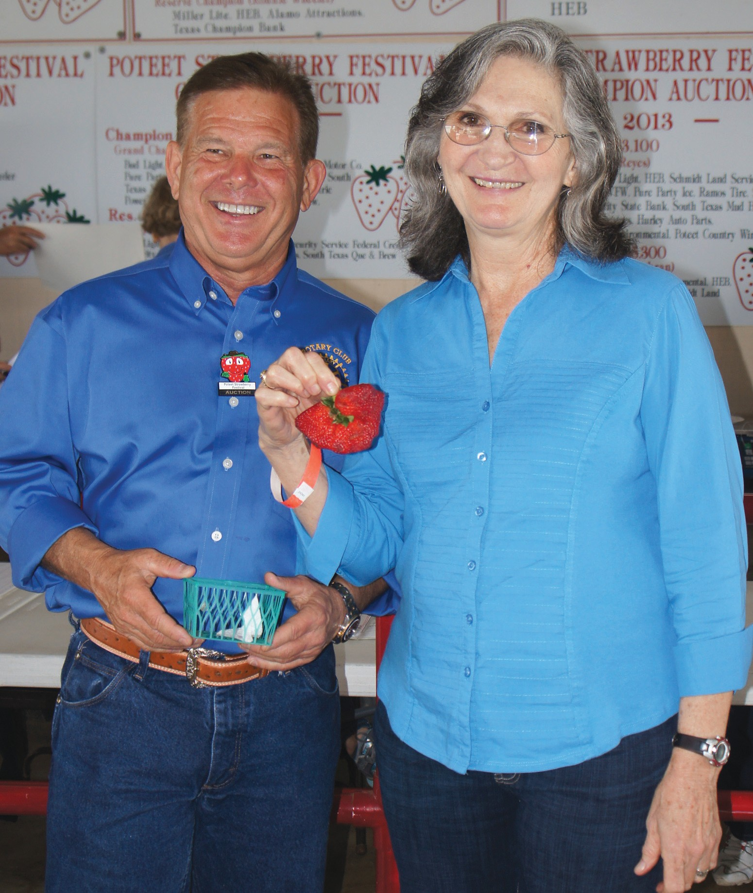 Jeff Jacobs, D.D.S. at Southern Smiles sponsors the Biggest Berry contest. This year's winner is Linda Wheeler. Her berry weighed .25 pounds.