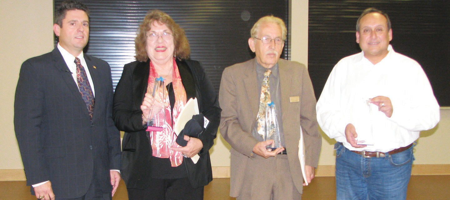 Mayor Clint Powell presented awards of appreciation to outgoing council members Jeanne Israel (Dist. 6), Roger G. Garza (Dist. 5) and J.R. Gallegos (Dist. 4) at the special council meeting which followed a dinner in their honor.
