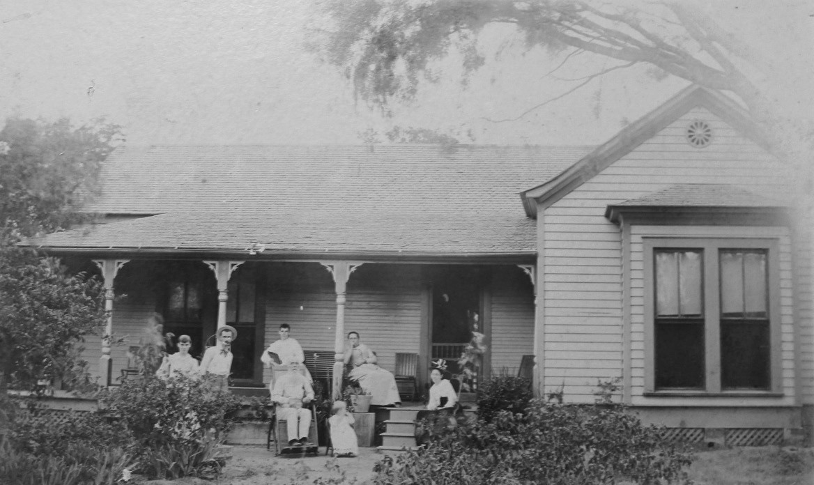 John M. Smith home in Pleasanton, near the corner of Smith and Hunt Streets, in the late 1800s.
