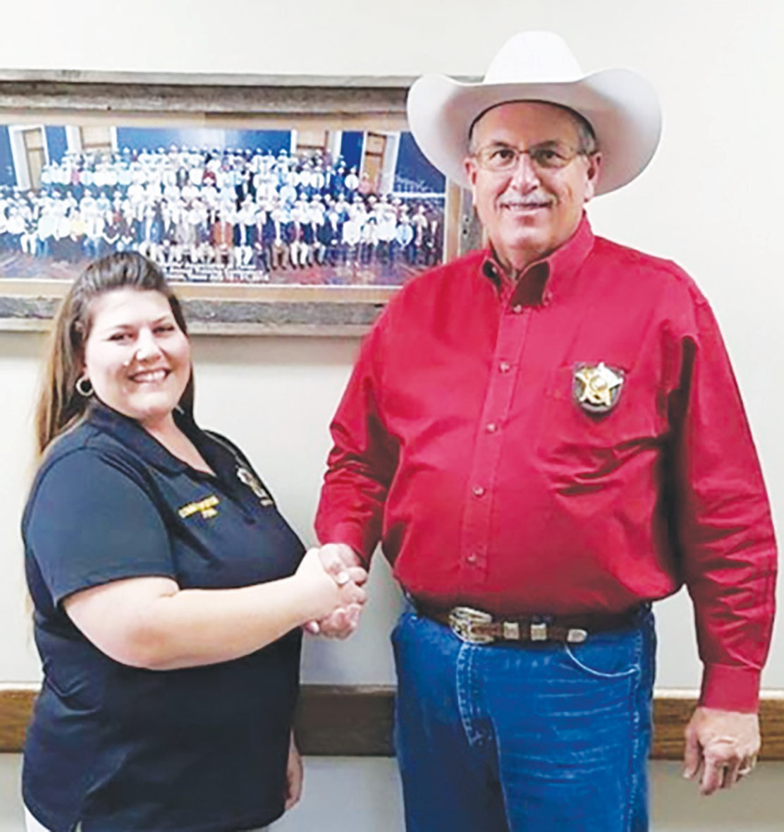 Jymie Perna was hired as the New Communications Supervisor and she will supervise the Atascosa County Sheriff Department's Dispatchers and 911 Telecommunicators. This position was created by the Atascosa County Commissioner's Court at the request of Sheriff David Soward.